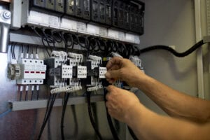 Maintenance and repair of reactive power compensation equipment